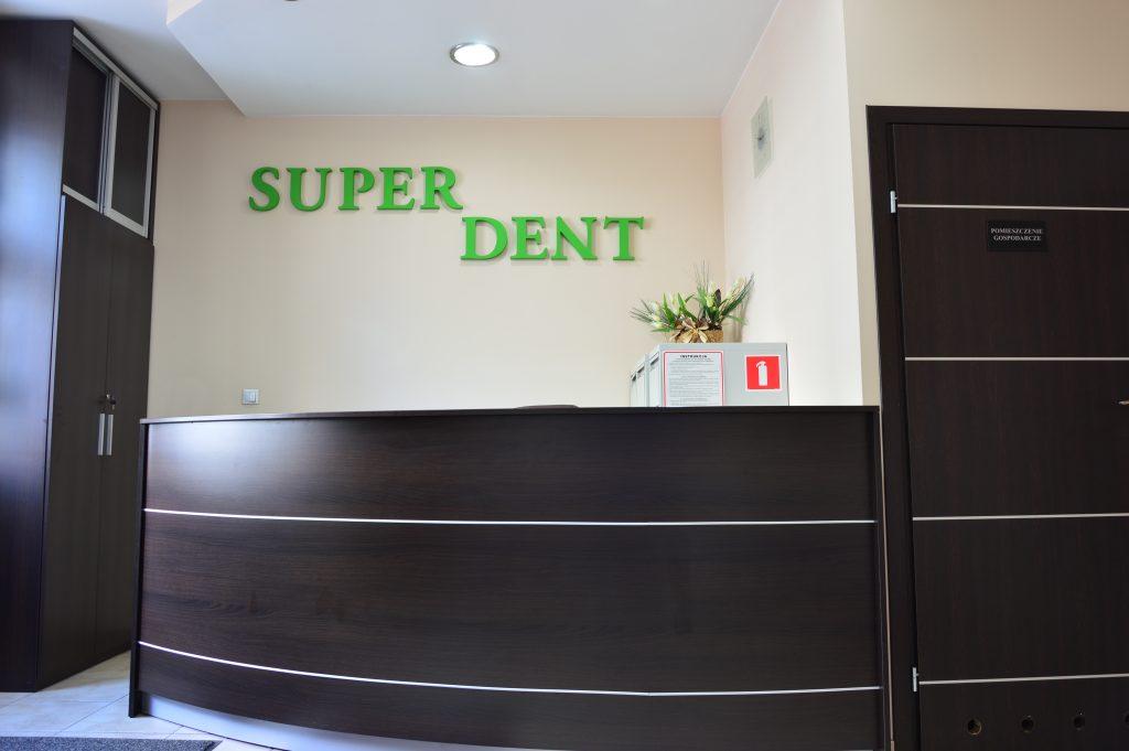 Poczekalnia w przychodni SUPER-DENT